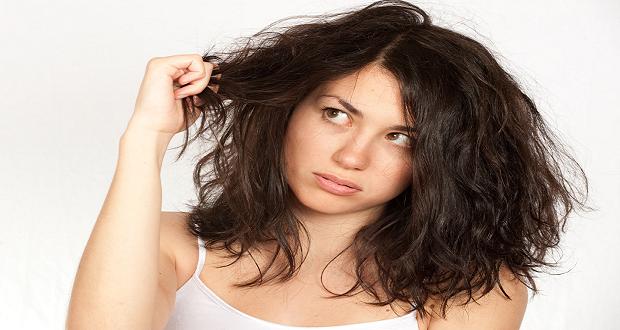b60ad79e957d Ξηρά μαλλιά – Οι αιτίες και οι σπιτικές θεραπείες