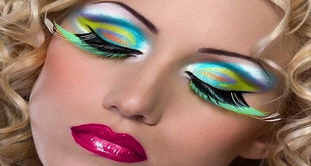 f67712b316b1 Μακιγιάζ με χρώμα στα μάτια - Δυναμική Γυναίκα