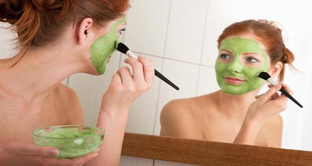 Αποτέλεσμα εικόνας για Μάσκες αργίλου στο προσωπο