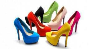 παπούτσια με ψηλό τακούνι