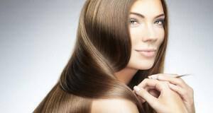 κακές συνήθειες για τα μαλλιά