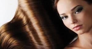 καστανόξανθα μαλλιά