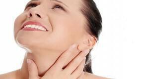 τριχοφυΐα στο λαιμό