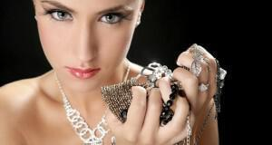 ασημένια κοσμήματα
