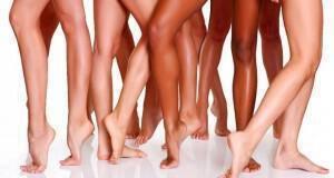 ελκυστικά πόδια