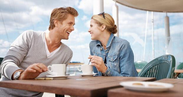 Dating δεν σημαίνει γκόμενος φιλενάδα που βγαίνει με τον πρώην του.