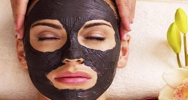 καταπολέμηση ακμής και σπυριών μαύρη μάσκα
