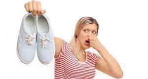 πώς να μην μυρίζουν τα πόδια